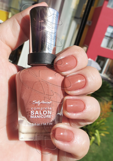So Much Fawn - Sally Hansen