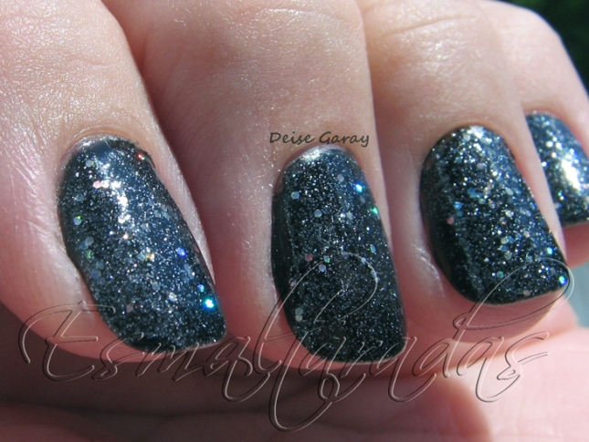 some like it haute - china glaze 016