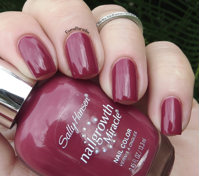 Beautiful Berry - Sally Hansen3